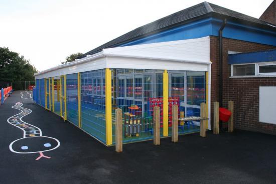 Blackpool Mesh Outdoor Classroom